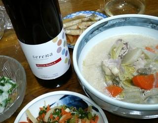 セレナ中央葡萄酒.jpg