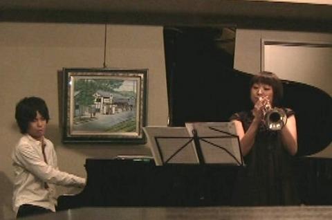 2011トランペット・ピアノ.jpg