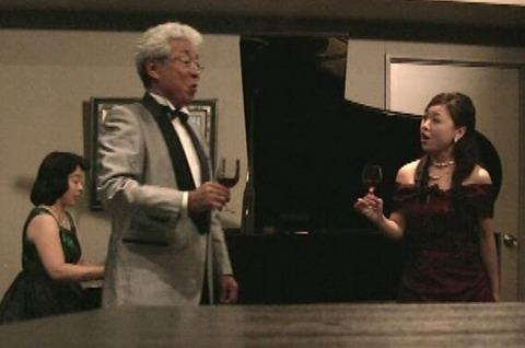 2011乾杯の歌.jpg