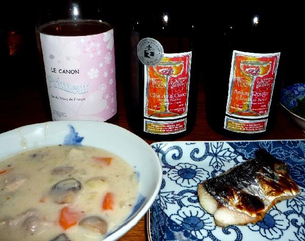 桜ワインとシチュー.jpg