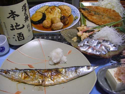 澤乃井と秋刀魚.jpg