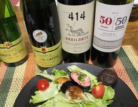 お刺身と赤ワイン.jpg