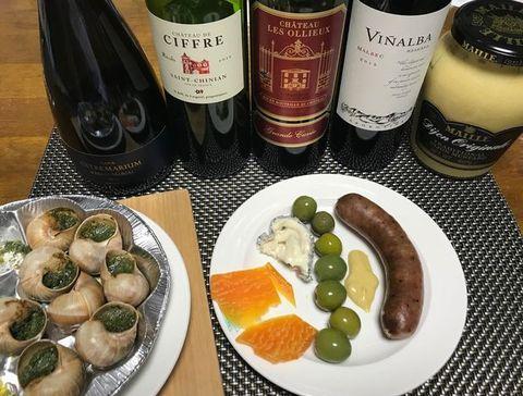エスカルゴ、チーズ、ソーセージ.jpg