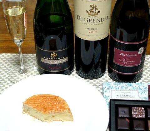 エポワスとワイン.jpg
