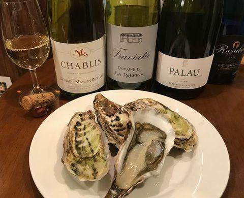サロマ湖の牡蠣とシャブリ.jpg