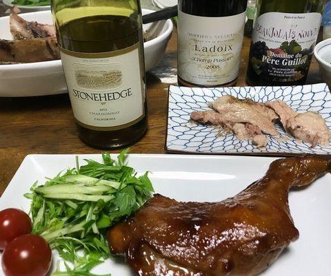チキンとマグロのカマ焼きにワイン.jpg