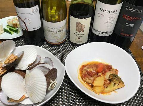 ホタテとハンバーグにワイン.jpg