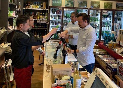 ポルトガルからワイン生産者.jpg