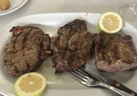 ポルトガルの牛ステーキ.jpg