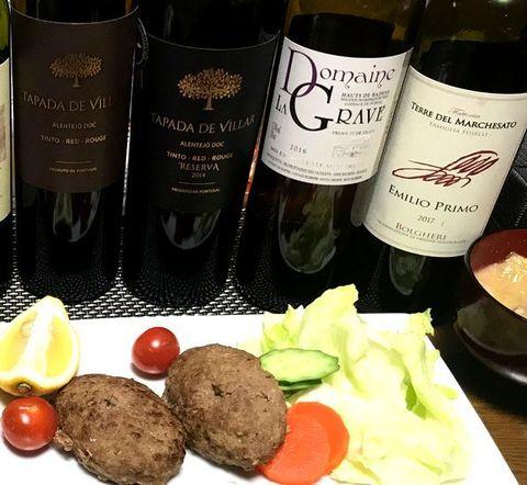ポルトガルワインとハンバーグ.jpg