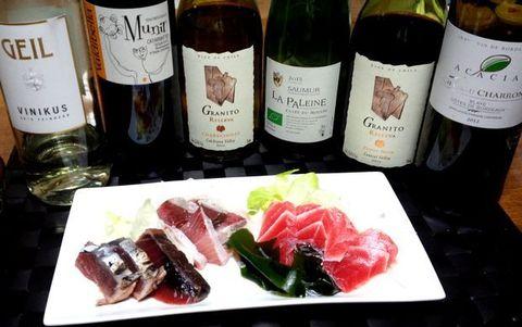 刺身とワイン、グラニート・ピノ.jpg