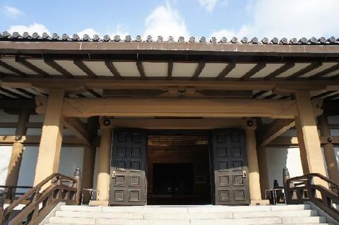 広隆寺新霊宝殿.jpg