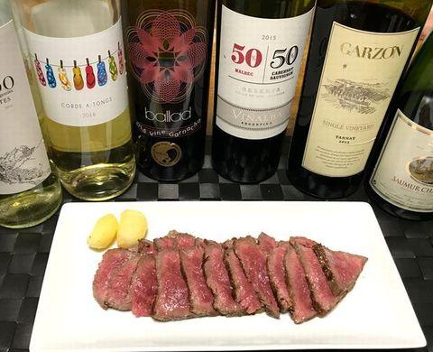 松坂牛モモ肉のローストとワイン.jpg