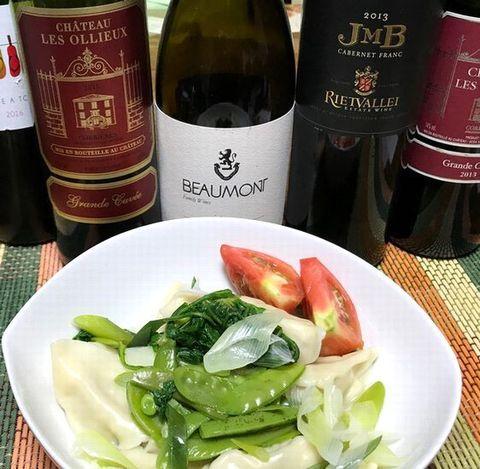 水餃子と赤ワイン.jpg