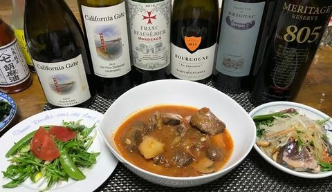 牛タン赤ワイン煮とワイン.jpg
