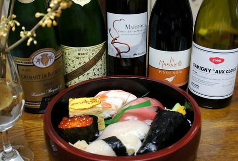 球寿司さんのお寿司とワイン.jpg