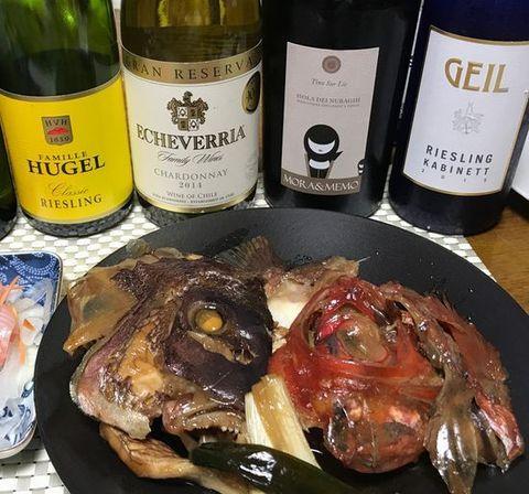 鯛のアラ煮にドイツワイン.jpg